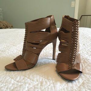 NWOT BCBGeneration Tan heels